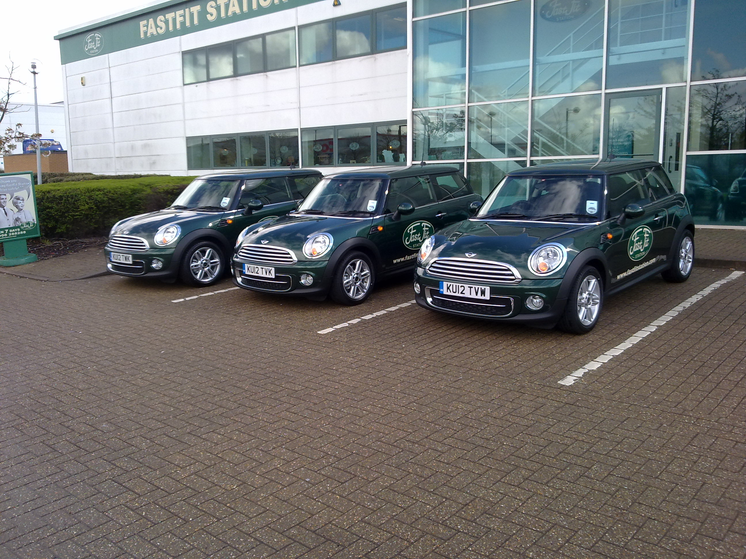 FastFit Station Mini Cooper D Courtesy Cars